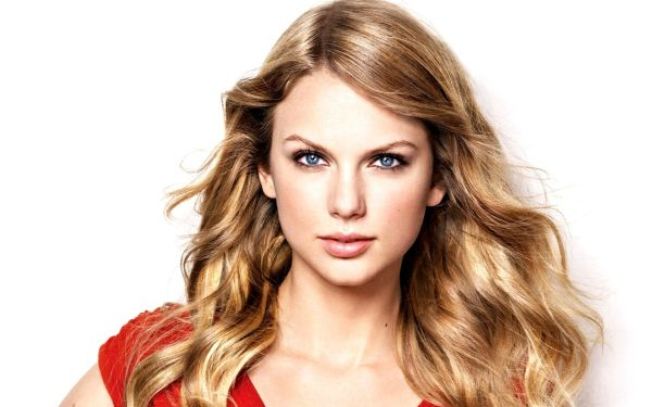 taylor-swift-wallpaper-straight-hair-3