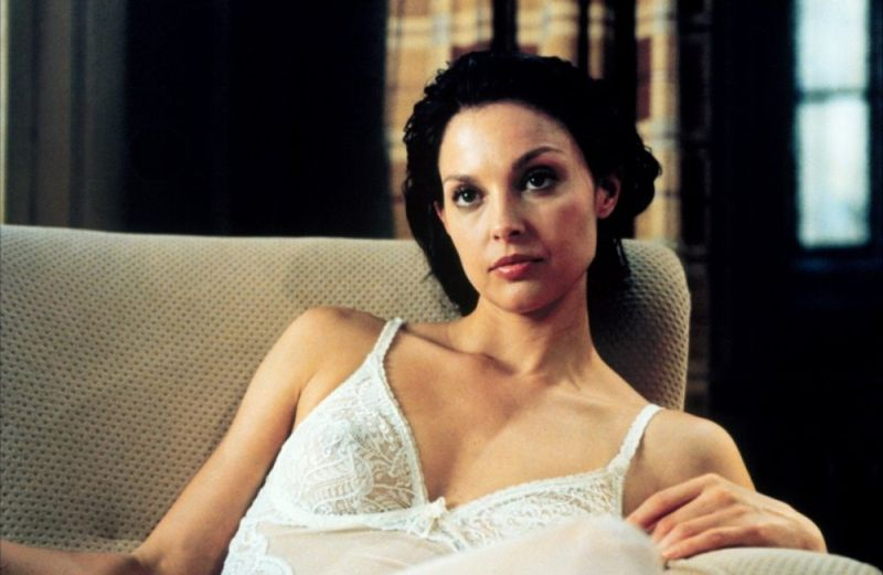 Ashley-Judd.